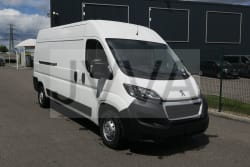 <strong>Peugeot BOXER FOURGON</strong><br/>