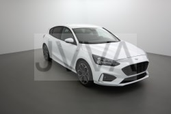 <strong>Ford Focus</strong><br/>