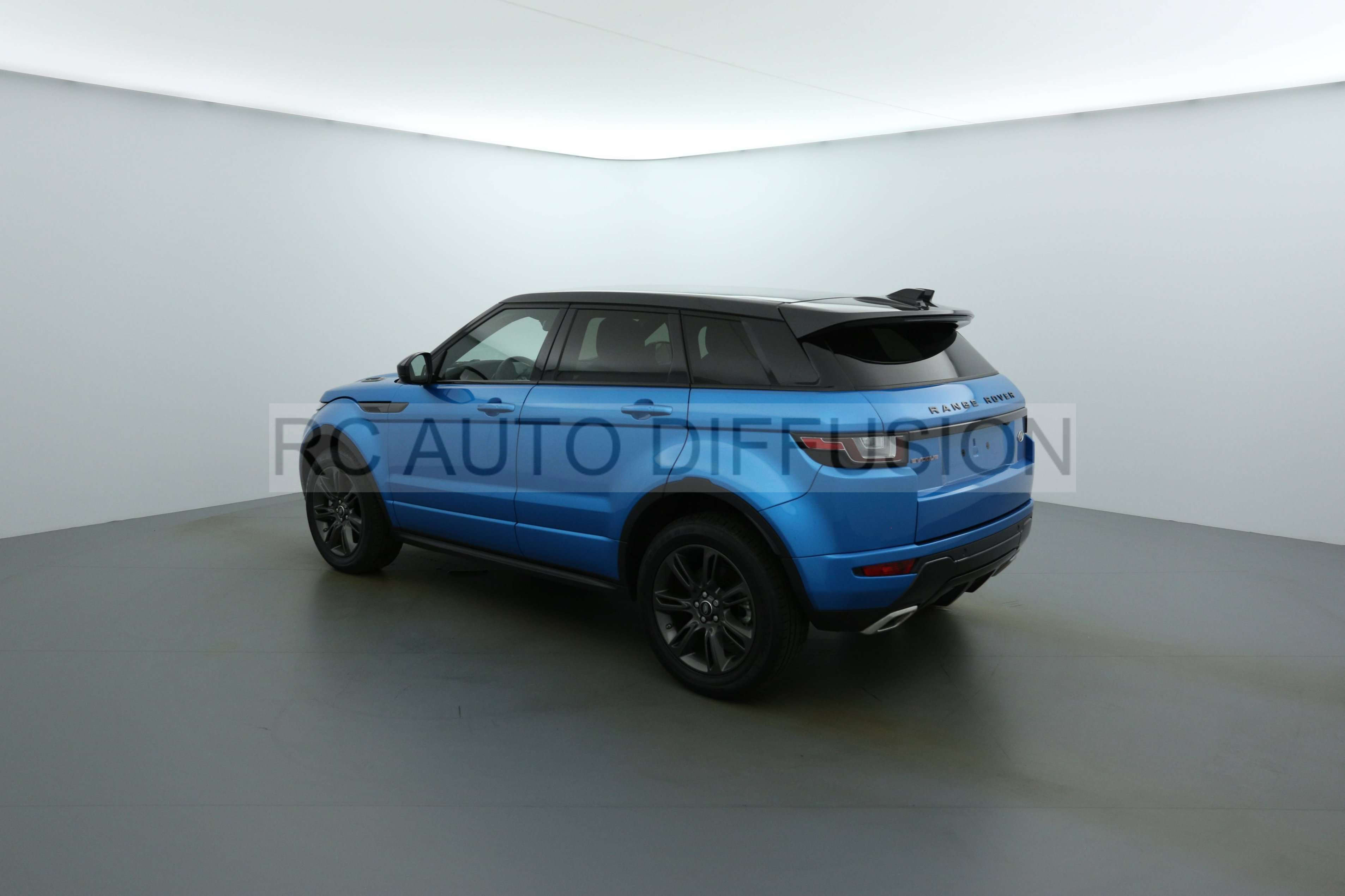 land rover range rover evoque echirolles 145521 rc auto diffusion. Black Bedroom Furniture Sets. Home Design Ideas
