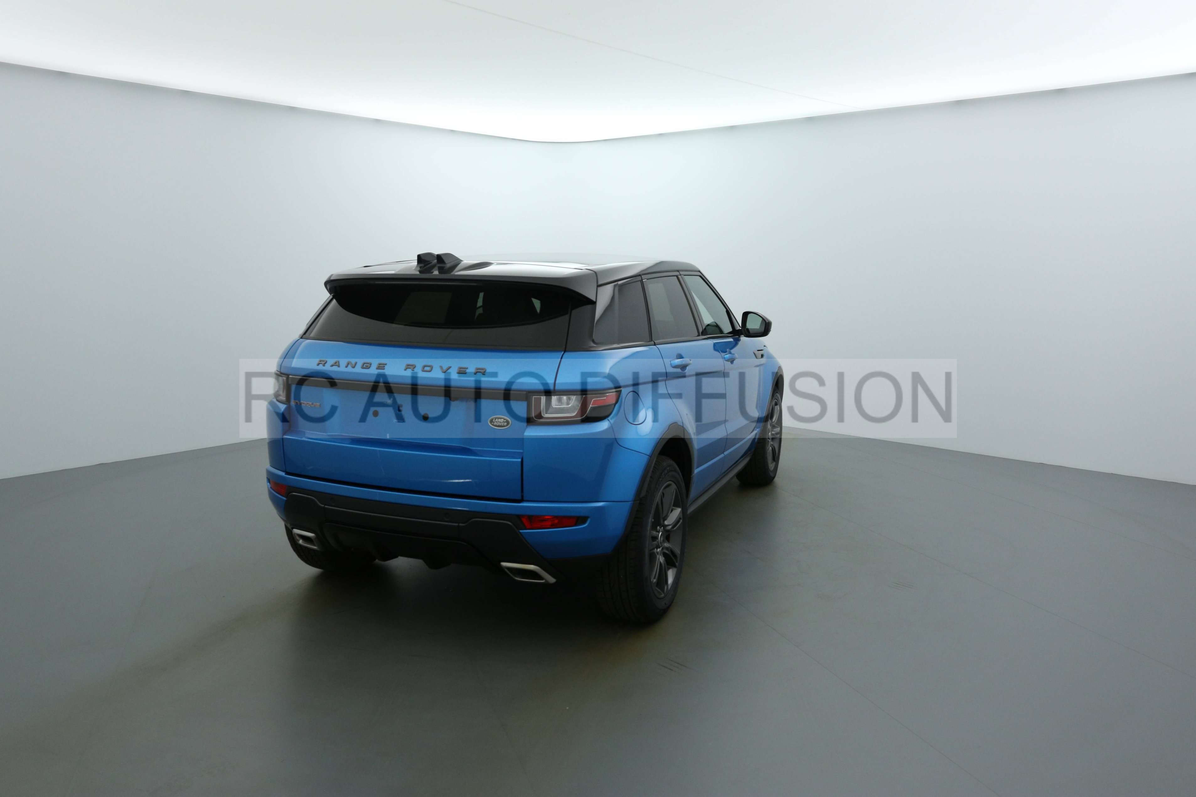 land rover range rover evoque echirolles 145513 rc auto diffusion. Black Bedroom Furniture Sets. Home Design Ideas
