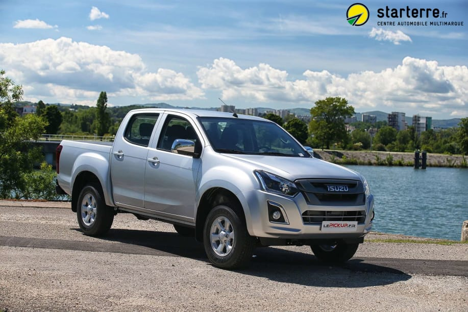 Isuzu D-MAX 1.9 4X4 CREW CAB PLANET country MY18 COSMIC BLACK MICA